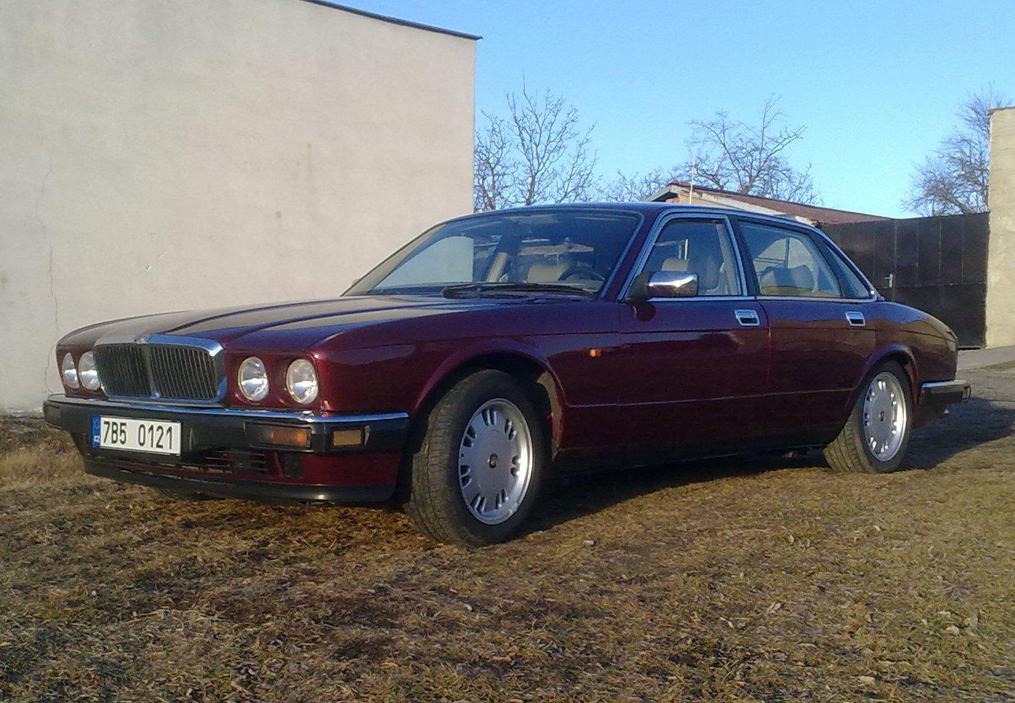 1994 Jaguar XJ40 XJ6 3.2 (198 cui) gasoline 149 kW 287 Nm