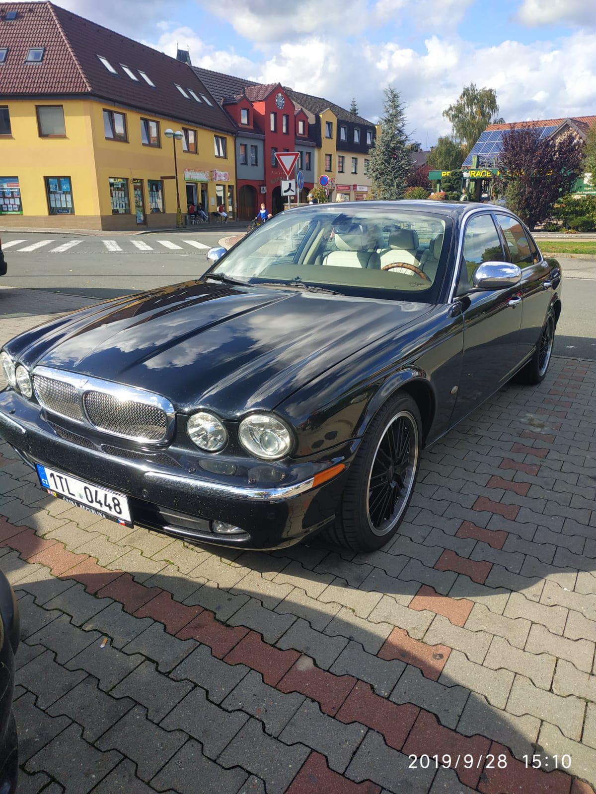 2007 Jaguar XJ-X350 XJ8 4.2 (256 cui) gasoline 218.9 kW